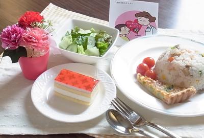 行事食の紹介(母の日、湯田川孟宗)